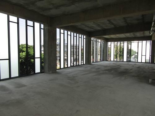 piso en edificio corporativo en ruben dario
