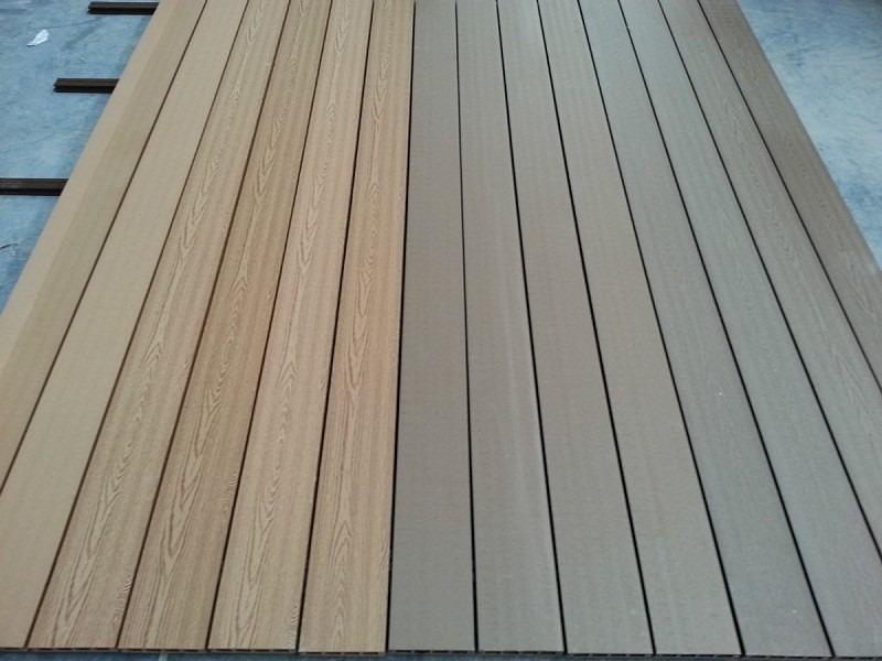 Piso en madera para exteriores deck teka todo colombia for Precios de pisos para exteriores