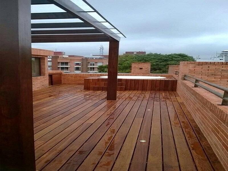 Piso en madera para exteriores deck teka todo colombia for Deck para exteriores