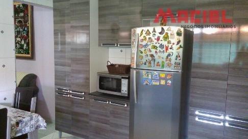 piso frio - janelas aluminio -  3 vagas