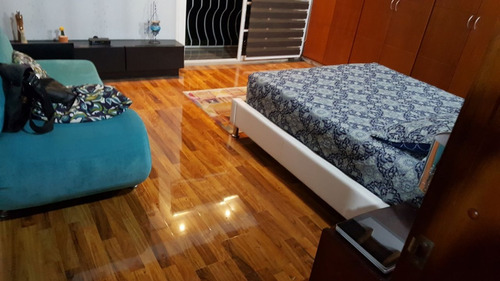 piso laminado alemán, con instalación y guarda escobas