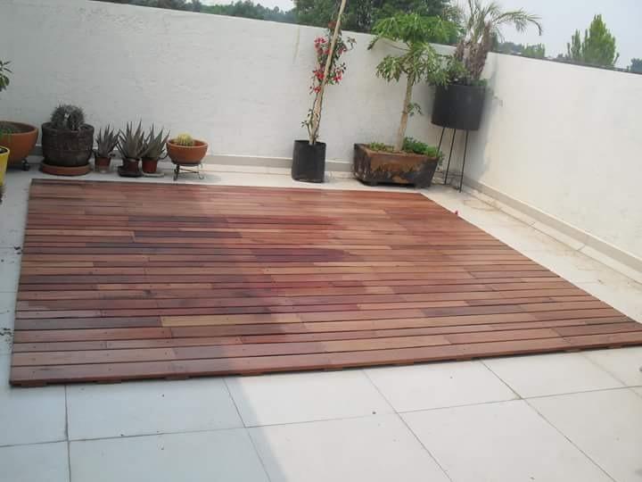 Piso madera deck cumaru rojizo en mercado libre for Pisos de madera para exteriores precios