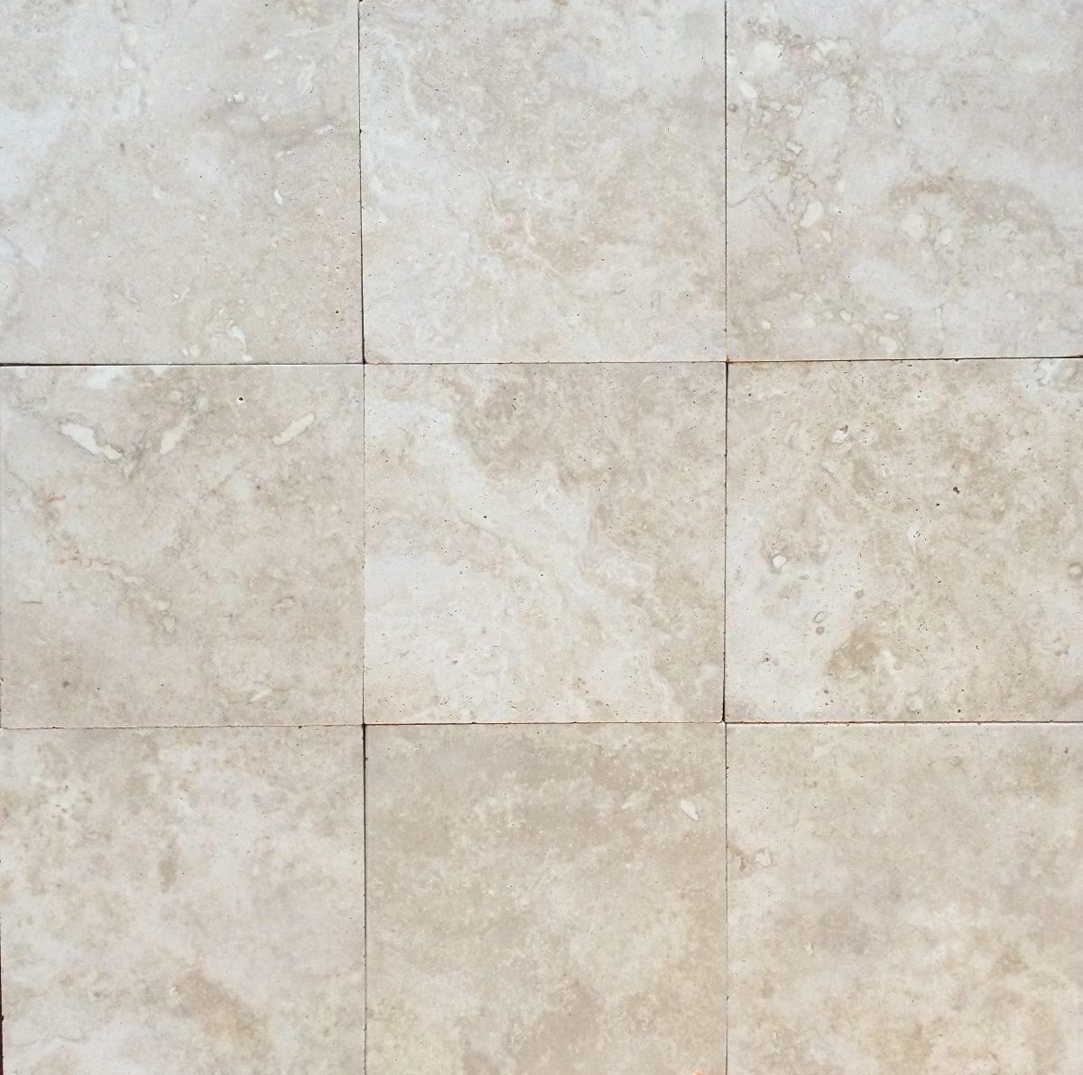 Piso marmol travertino amaretto 30x30 honeado mate 260 for Marmol de travertino
