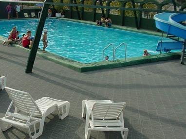 piso para piscinas, saunas, duchas