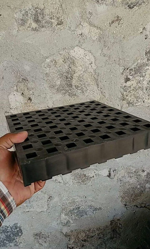 piso plastico para jaulas elevadas borregos, cabras y cerdos