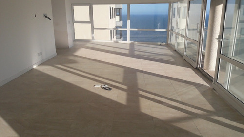 piso playa grande alvarado 0