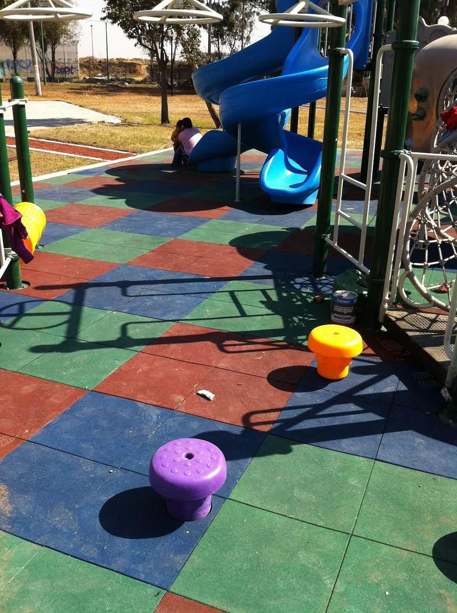 piso sintetico caucho granulado para exterior juegos nios