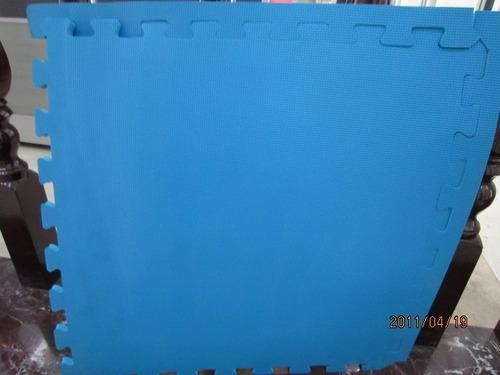 piso tatami bicolor de 1mt por 1mt grosor 2,6cm