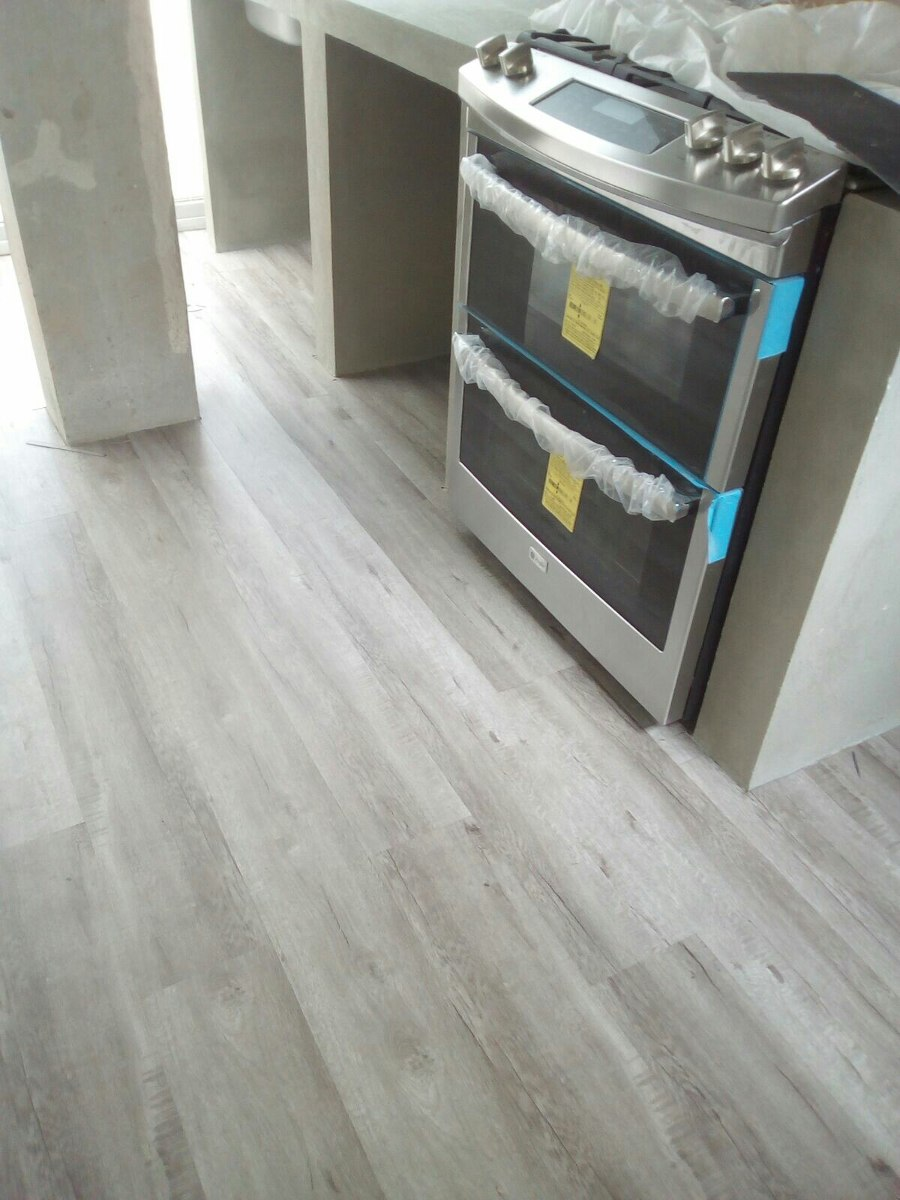 Piso vinilico gris tipo madera en mercado libre for Tipos de pisos de madera