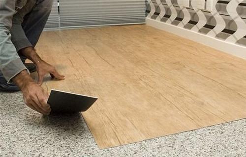 Piso vinilico tipo madera duela de pvc 140m2 caja con 5 for Pisos para interiores tipo madera