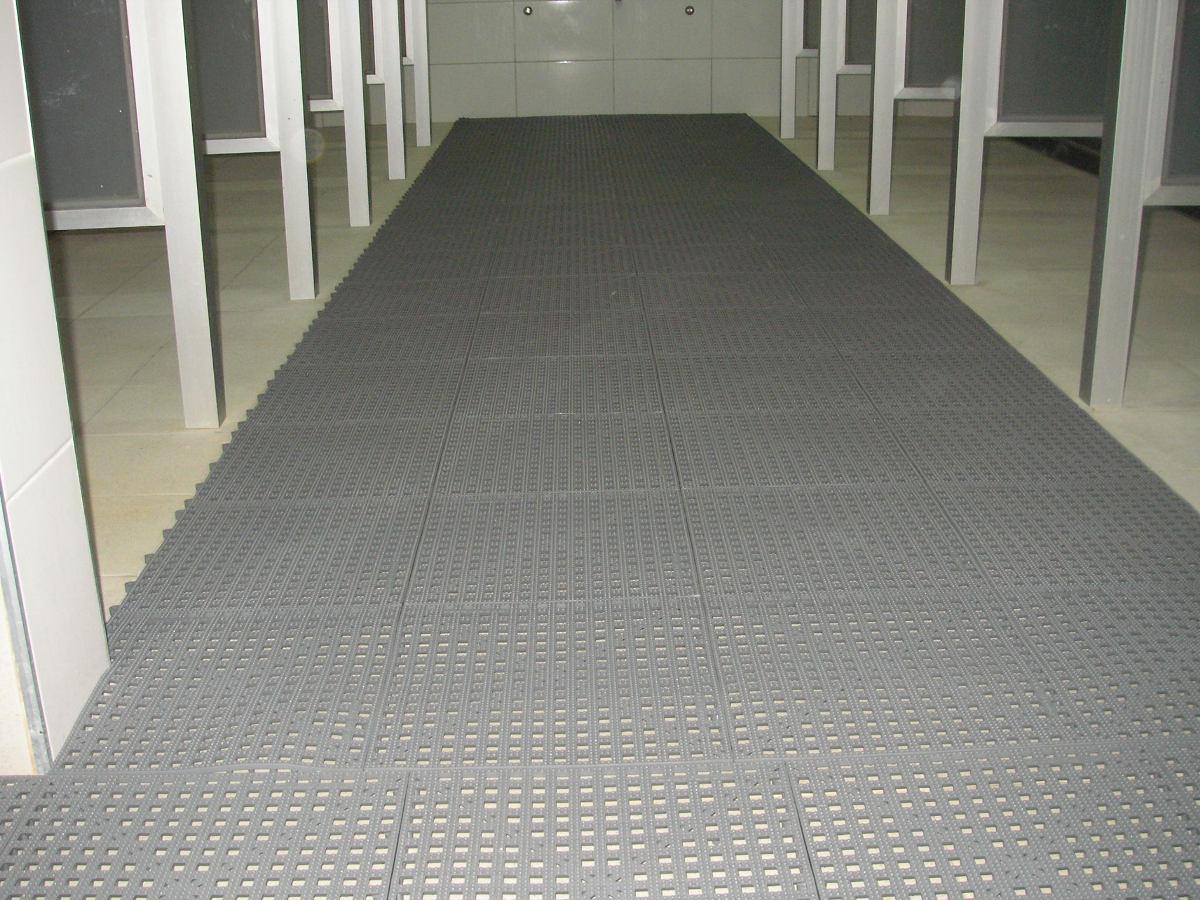 Pisos antideslizantes u s 2 95 en mercado libre for Materiales para pisos exteriores