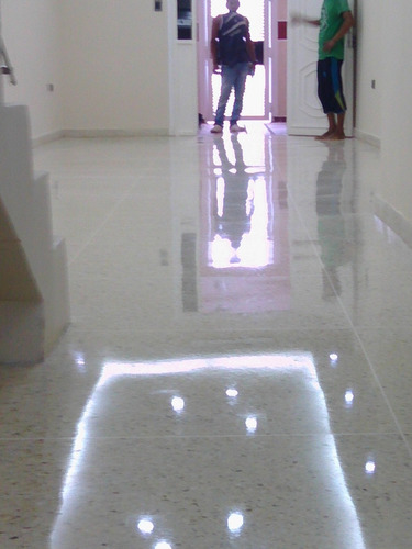 pisos de granito y mármol. vaciados y cristalizados.