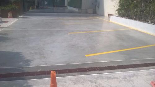 pisos de hormigón. plateas. pavimento. piso alisado.
