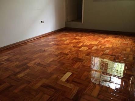 pisos de madeira, colocação. raspagem, restauração.