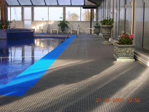 pisos encastrable para piscinas en baldosas de 30 cm x 30 cm