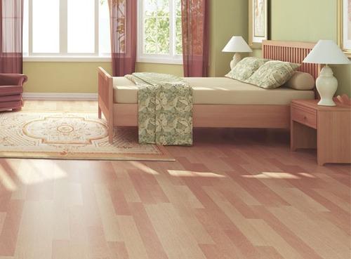 pisos laminados de madera flotante  y vinil