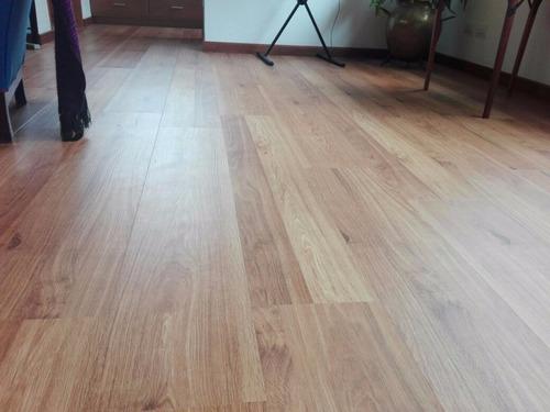 pisos laminados o pvc  importados instalados.