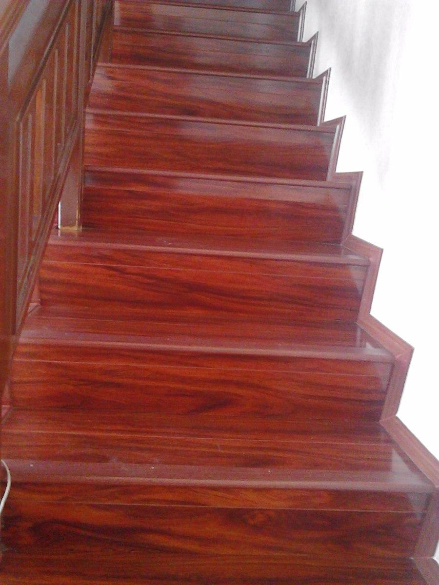 Pisos laminados y escaleras en mercado libre for Escaleras para tres pisos