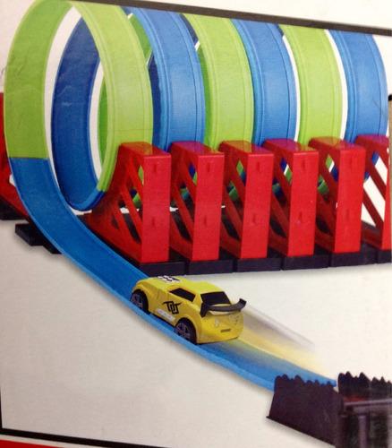 pista espectacular para giros completos carros miniatura