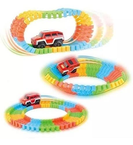 pista mágica flexible luminosa 2 giros 135 piezas 375 cm.