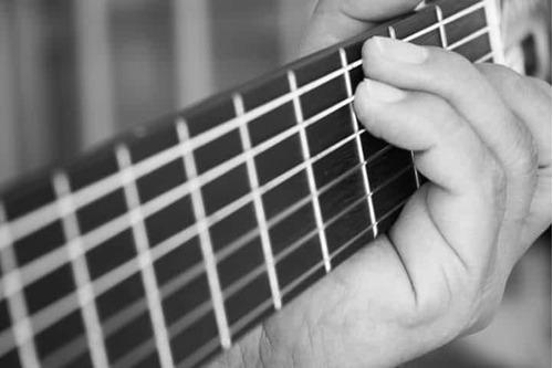 pistas en guitarra