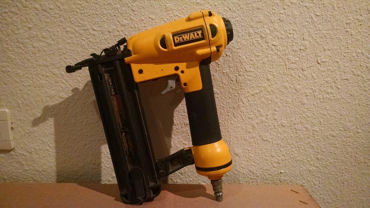 Pistolas De Clavo Dewalt D51238 en Mercado Libre México