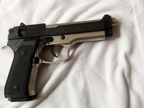 pistola de fogueo beretta