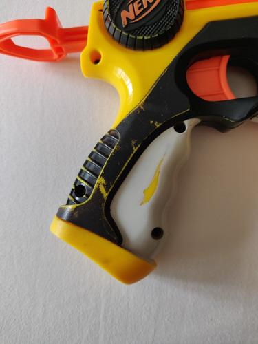 pistola nerf n-strike + 7 dardos