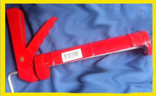 pistola para tubos de silicon