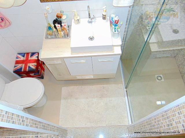 pitangueiras - calçadão totalmente reformado e decorado - piso em porcelanato. - ap2960