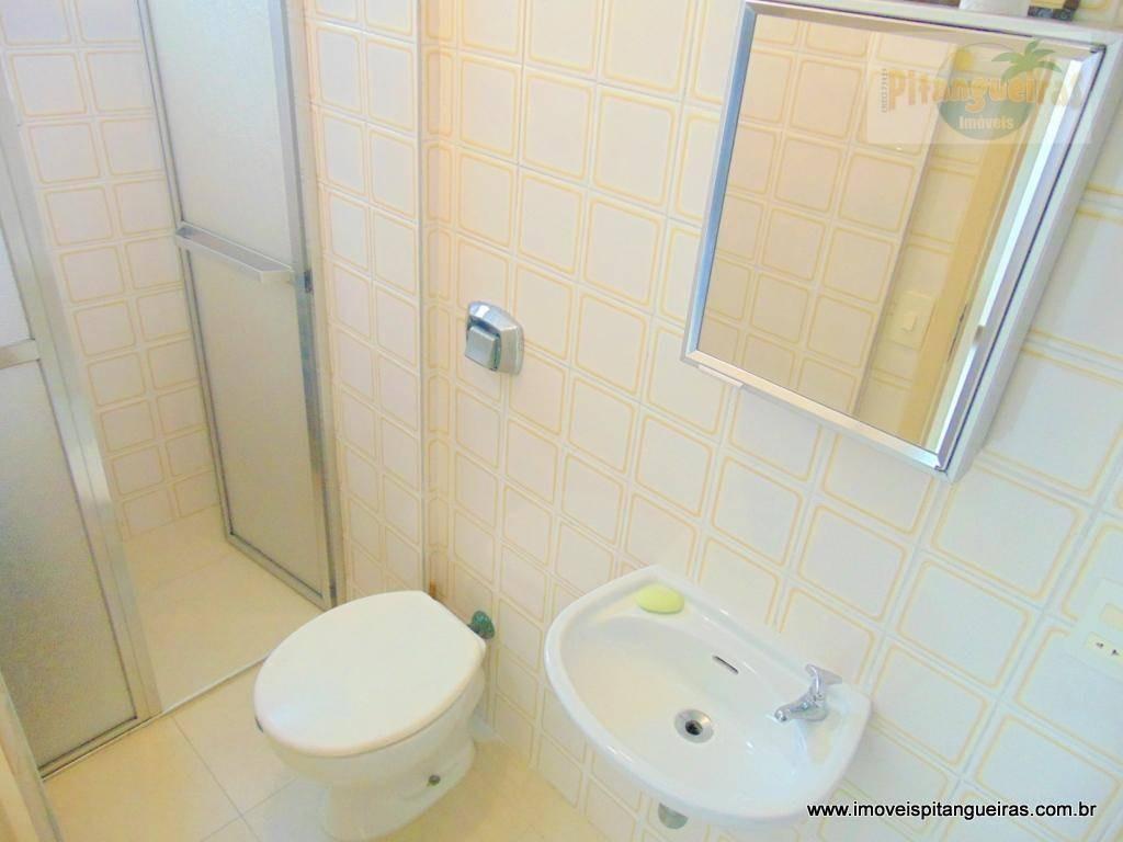 pitangueiras - excelente apartamento - uma quadra da praia - local nobre. - ap2141