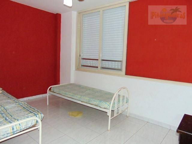 pitangueiras - uma quadra da praia - condomínio baixo - garagem demarcada - venda e locação temporada !!! - ap0910