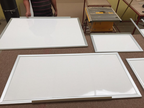 pizarrón blanco. .1.20 x 3.00 somos fabricantes