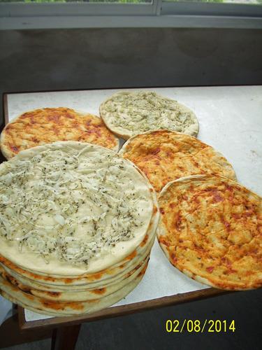 pizza party lula empanadas bebidas postres mesa dulce