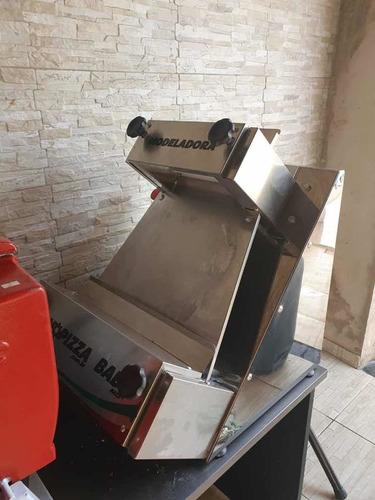 pizzaria forno de esteira