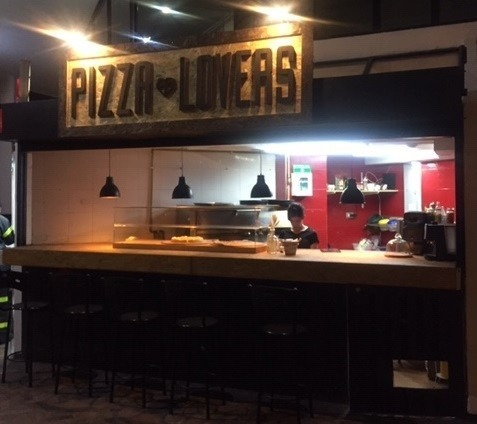 pizzería en venta. muy bien ubicada