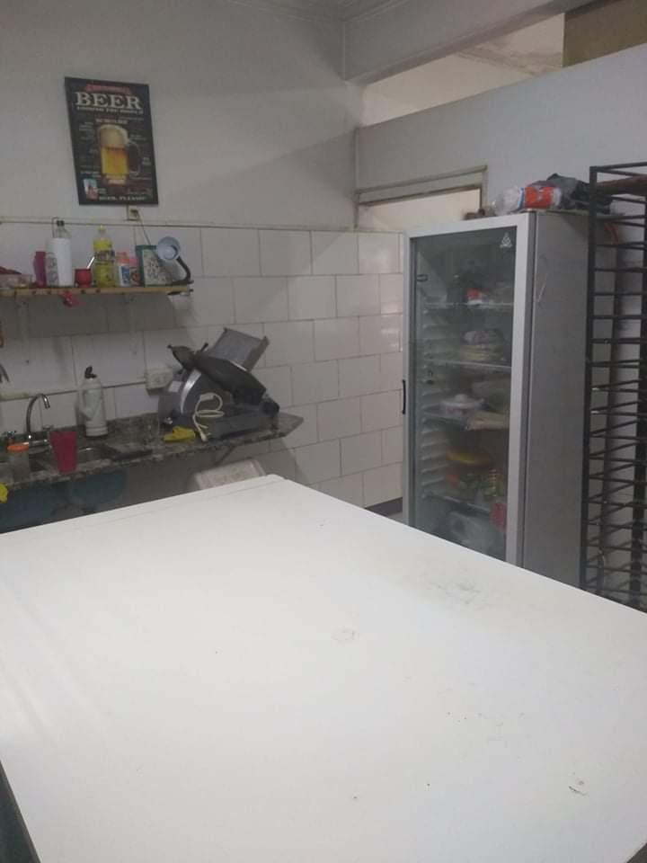pizzería fondo de comercio, centro lomas de zamora