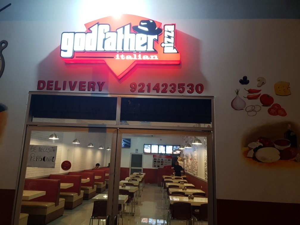 pizzeria godfather en iquitos