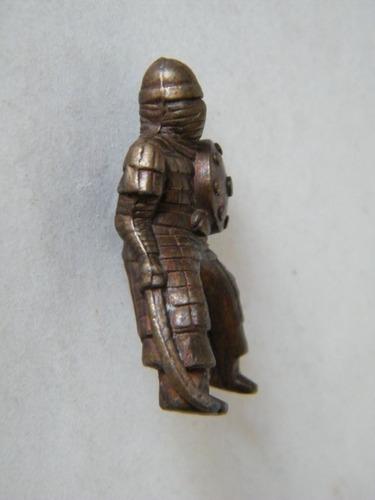 pkt miniatura metalica pseudoescorpion caballero