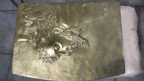 placa bajo relieve (imágen de cristo).