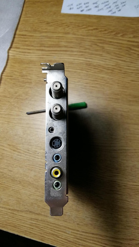 placa capturadora y sintonizadora de tv y radio fm kozumi
