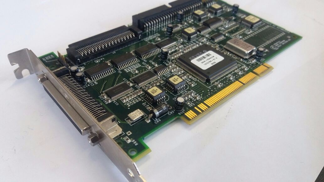 Adaptec AHA-2944UW PCI SCSI Windows 8 Drivers Download (2019)