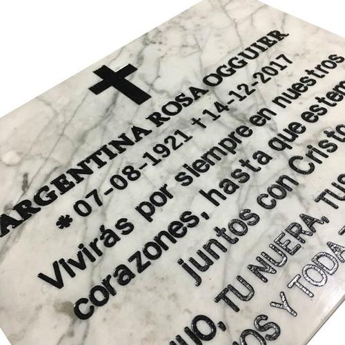 placa de mármol grabada, recordatoria, aniversario 20x10cm.