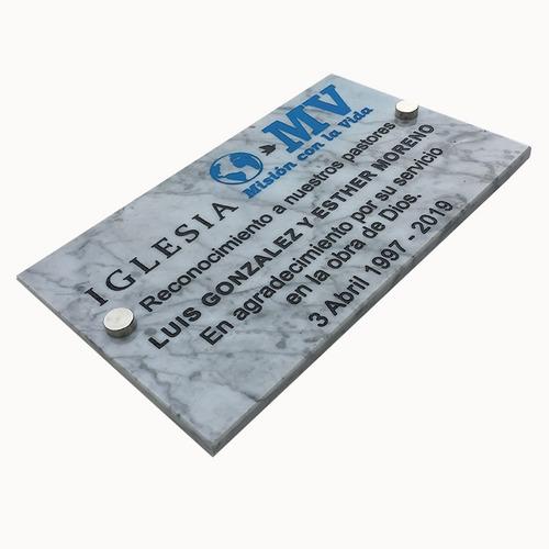 placa de mármol recordatoria, grabada para nicho 25x20cm.