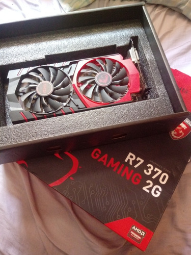placa de video msi amd radeon r7 370 2gb 256 bits. c/defeito