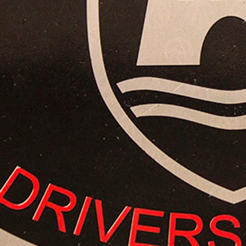 placa emblema trasera defensa vw vocho drivers wanted 1