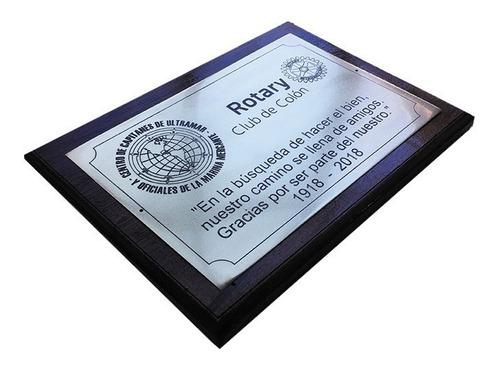placa grabada en bronce, personalizada, homenaje. 50x40cm