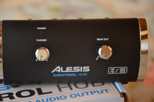 placa interface de audio alesis control hub usb 2.0 midi