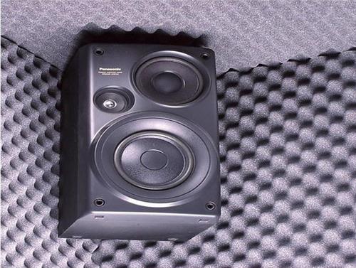 placa panel acústico (calidad) conos 1x50  x 50mm c/retardante de llama