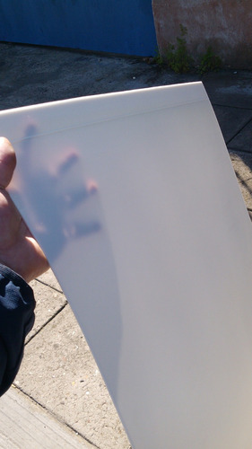placa plastica traslucida  2mt x 1mt x 1.5mm. alto impacto